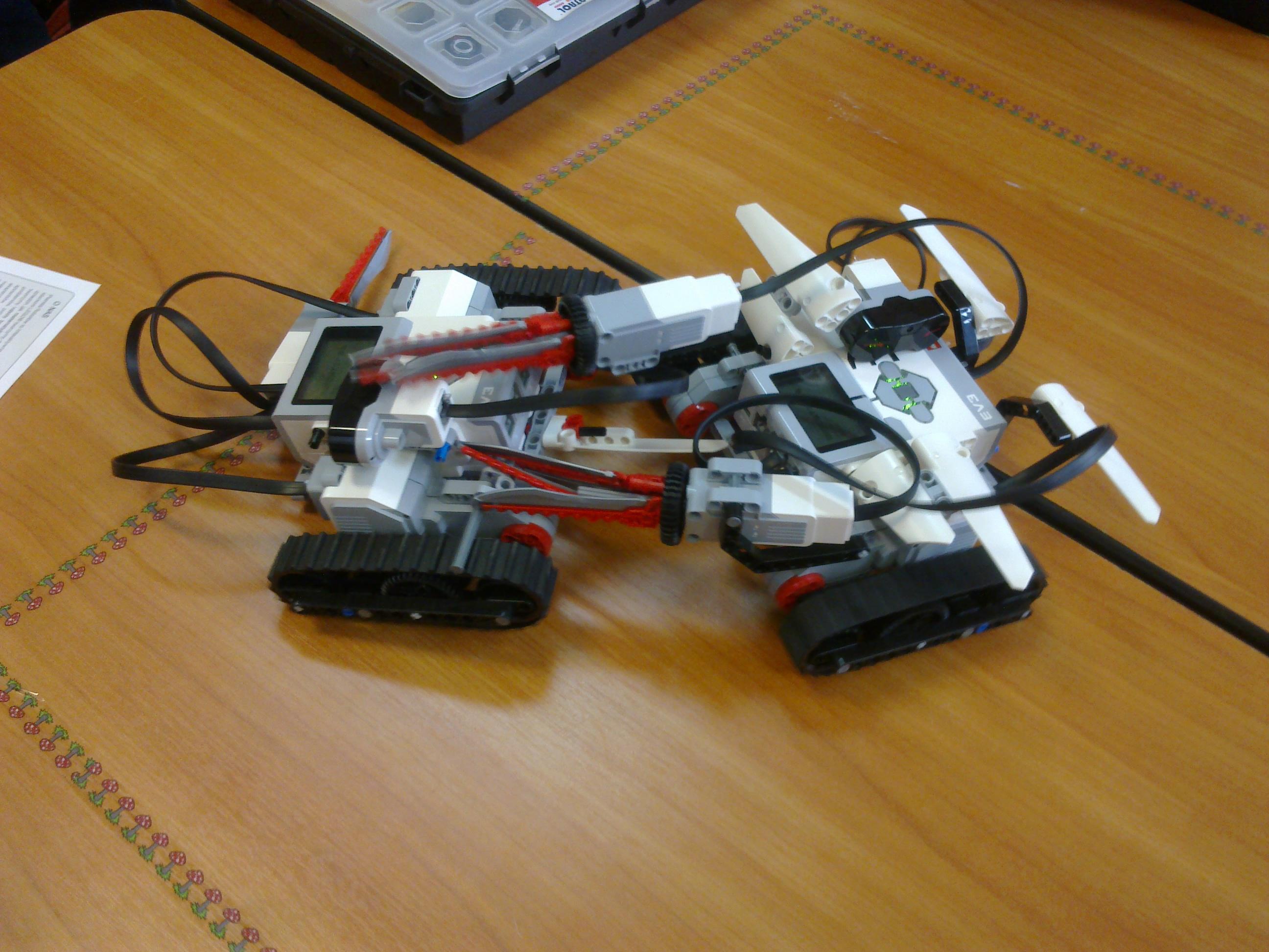 Planeta robotów w naszej szkole.