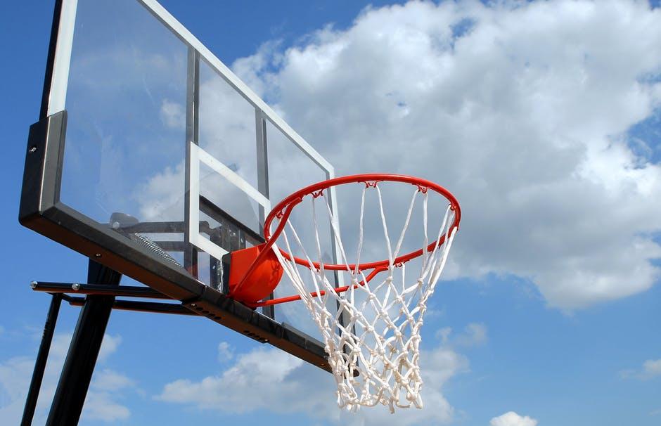 Nabór do klasy koszykówki chłopców