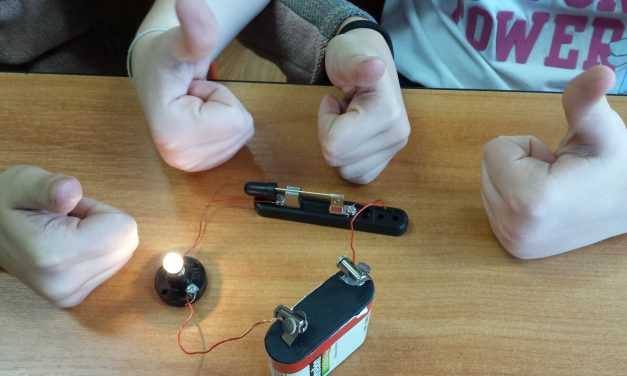 Elektryczność na VI