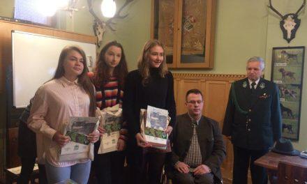 """""""Drapieżniki naszych lasów"""" – Ewelina Smaczna zajmuje 1. miejsce!"""